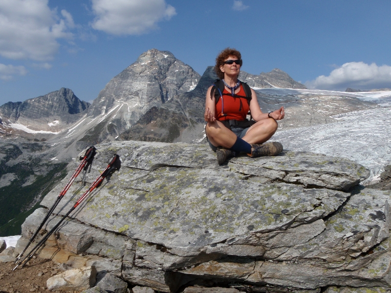 Jenny meditating in Easy Pose (Sukasana) with Chin Mudra along the Abbot Ridge Trail, Glacier National Park, B.C. (Photo by Ian Hatter)